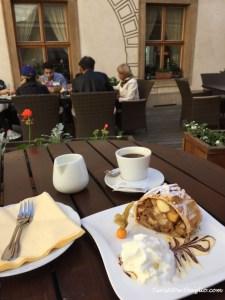 Repubblica Ceca on the road Praga Caffé