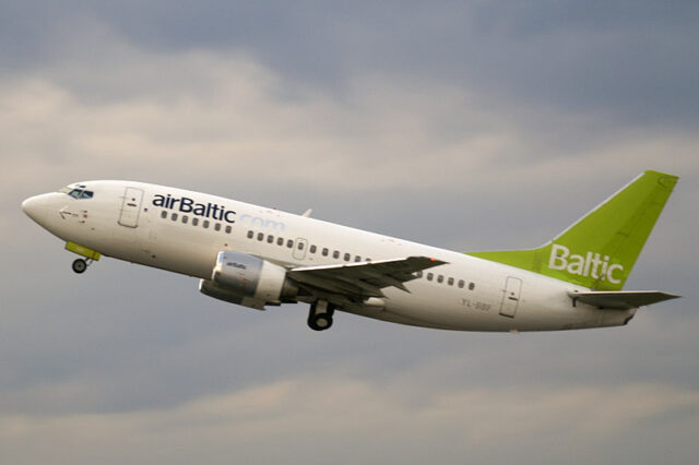 airBaltic to Hire 320 New Crew By Next Summer