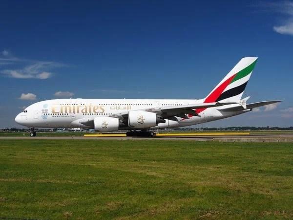 Emirates tekrar uçmak için izin aldı.