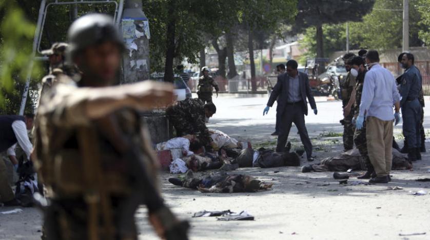 Kabil'de çifte saldırı: 11'i çocuk 32 ölü