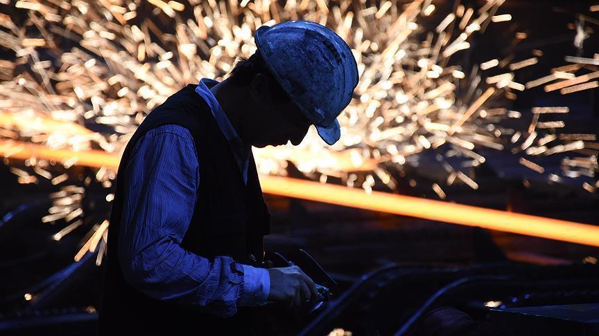 ABD'nin ithal çelik ve alüminyuma ek vergi uygulaması başlıyor