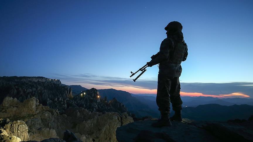 Irak'ın kuzeyindeki operasyonda 3 asker şehit oldu