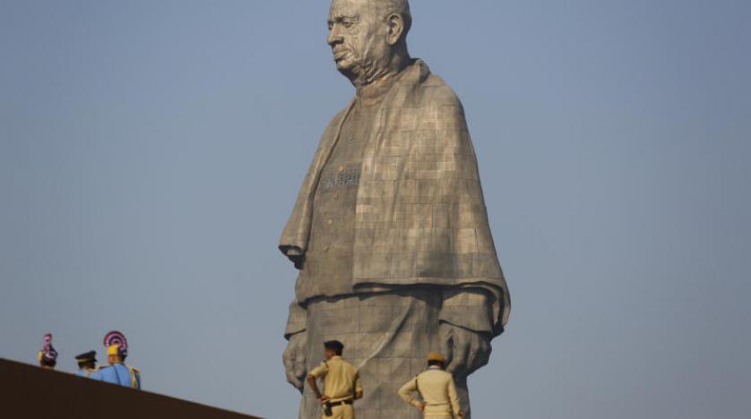 Hindistan'da dünyanın en yüksek heykelinin açılışı yapıldı