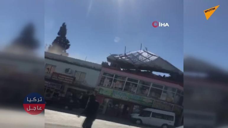 تركيا.. شاهد بالفيديو لحظة تطاير أحد الأسقف في غازي عنتاب
