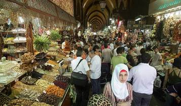 Shoppers at a market in Istanbul