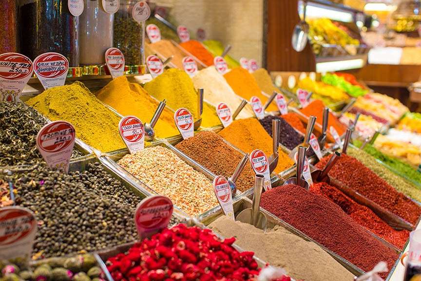 Typical spices on sale in turkish markets