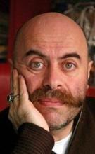 Actor : Ezel Akay