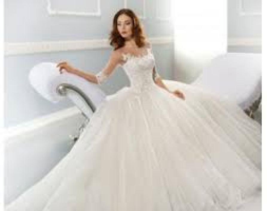 كم يكلف فستان العروس