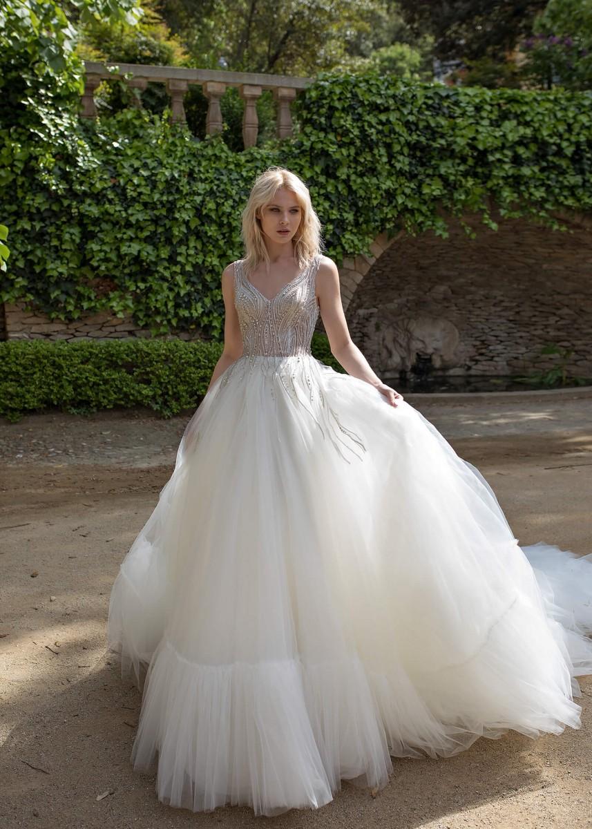مواقع تركية لبيع فساتين الزفاف