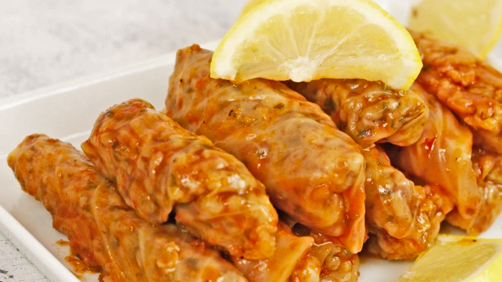 STUFFED CABBAGE LEAVES - LAHANA SARMASI