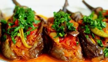 Turkish Stuffed Eggplant - Imambayildi 9