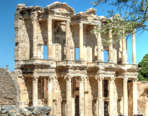 Majestic Architecture of the Celsus Library in Ephesus