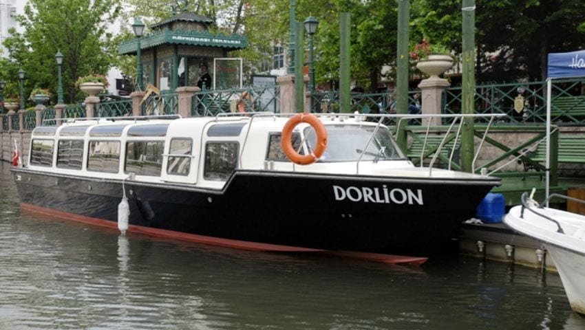 السفينة النهرية في اسكي شهير