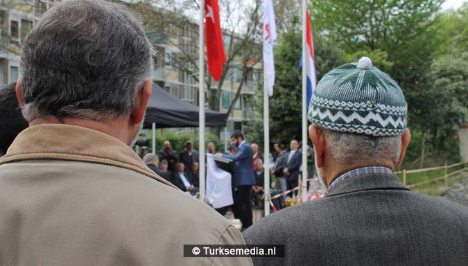 Krachtige boodschap tijdens bouw nieuwe Turkse moskee Den Haag16