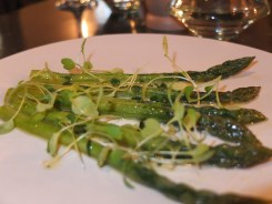 Asparagus in parsley butter