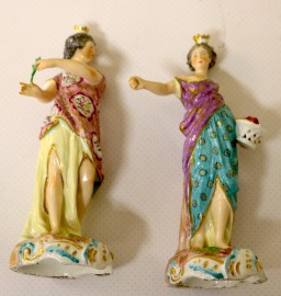 A pair of 18th Century Porcelain Figures