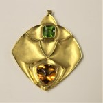 Abstract Texture Satin 18ct Gold Brooch/Pendant 72mm x 65mm - London 2000 Sponsor: B&D -Boodles -with a large square Peridot 11.5mm x 11.5 mm and A large Triangula citrine 18mm x 19mm - 56.50grams