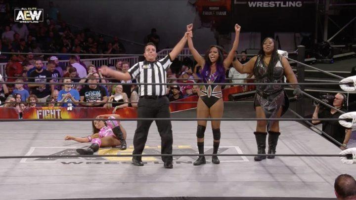Brandi Rhodes derrota a Allie en AEW Fight For The Fallen