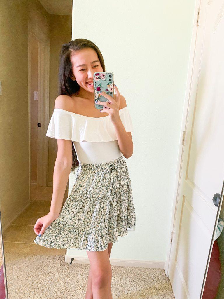 light green mini skirt outfit