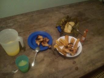 x-mas dinner: chicken, juice and Nacatamal