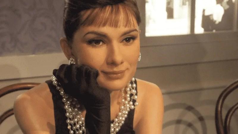 Hollywood Actress Audrey Hepburn Amazing Facts – Movies, Fashion & Life Story