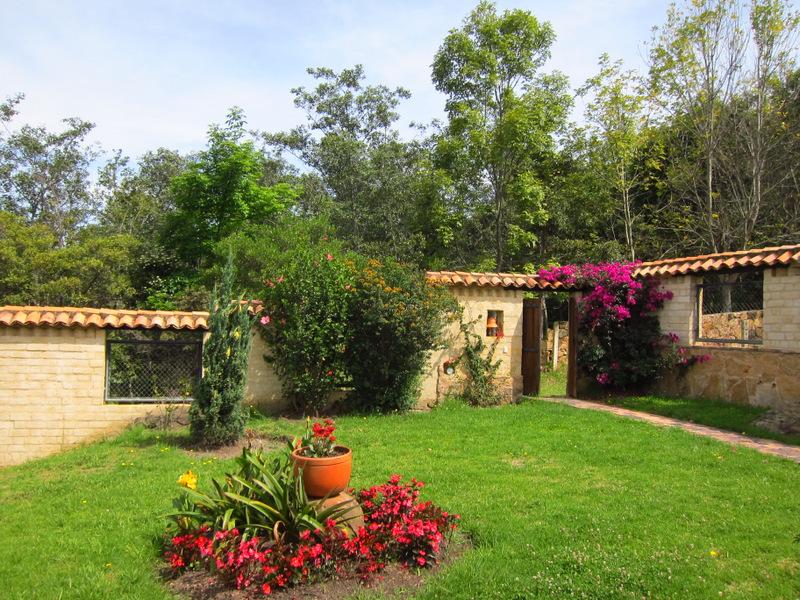 Villa de Leyva front yard