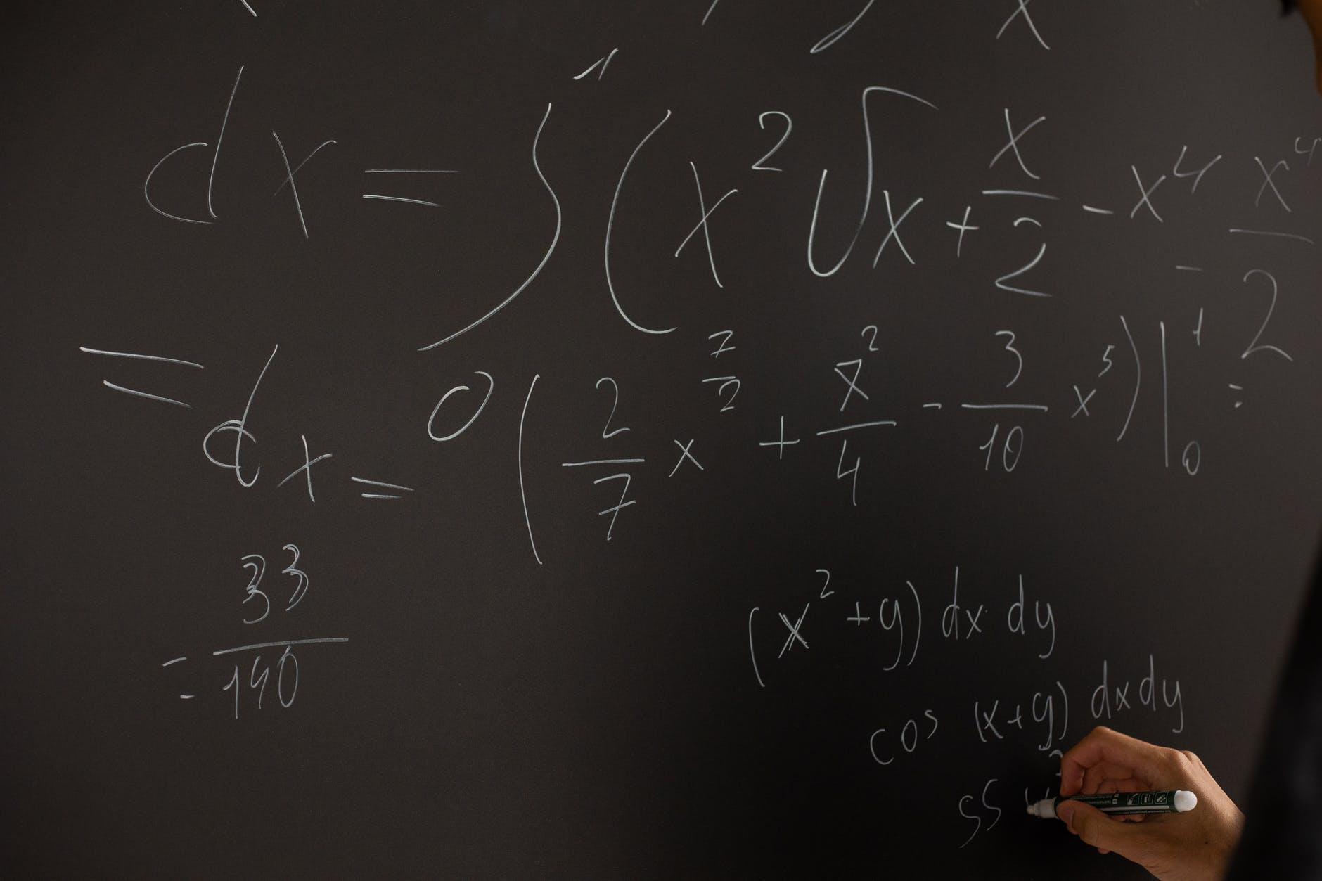 6 Amazing Career Options in Mathematics