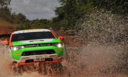 Sensacyjny start Outlandera PHEV w FIA Asia Cross Country Rally