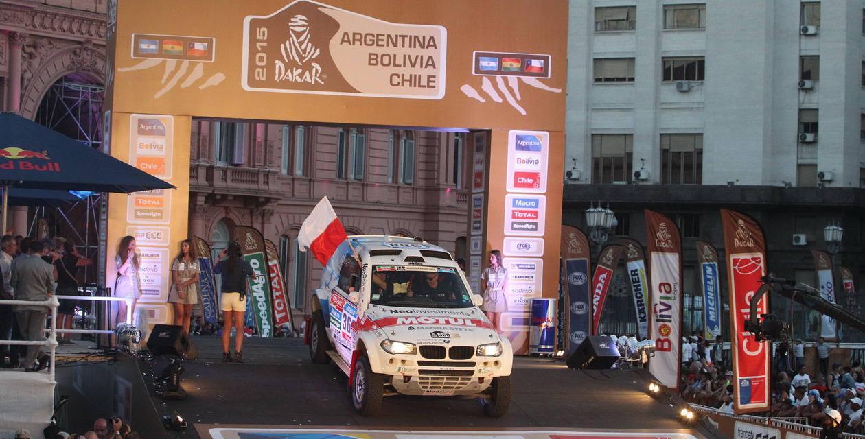 Dakar 2015: mocne otwarcie Sonika i Hołowczyca