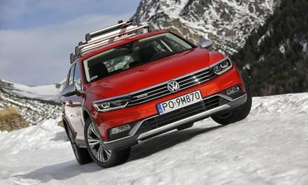 Nowy Passat Alltrack: najlepsze cechy aut drogowych i terenowych