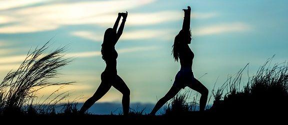 https://i1.wp.com/tus-kaan-marienborn.de/tus/wp-content/uploads/2019/04/yoga-1822476_6401-e1554740974571.jpg?fit=576%2C251