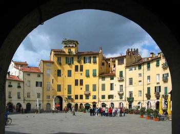 The amphitheatre at Lucca, a piazza of restaurants and cafes