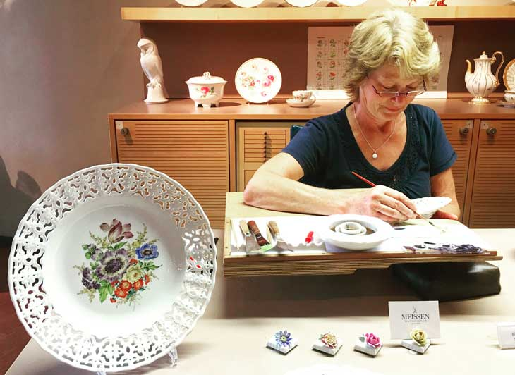 Cada una de las piezas de la porcelana de Meissen se elaboran a mano