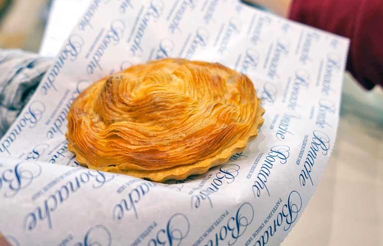 El pastel de carne es el fast food de Murcia...pero qué nivel de comida rápida