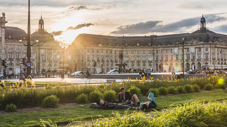 Plaza de la Bolsa de Burdeos © Nicolas Duffaure