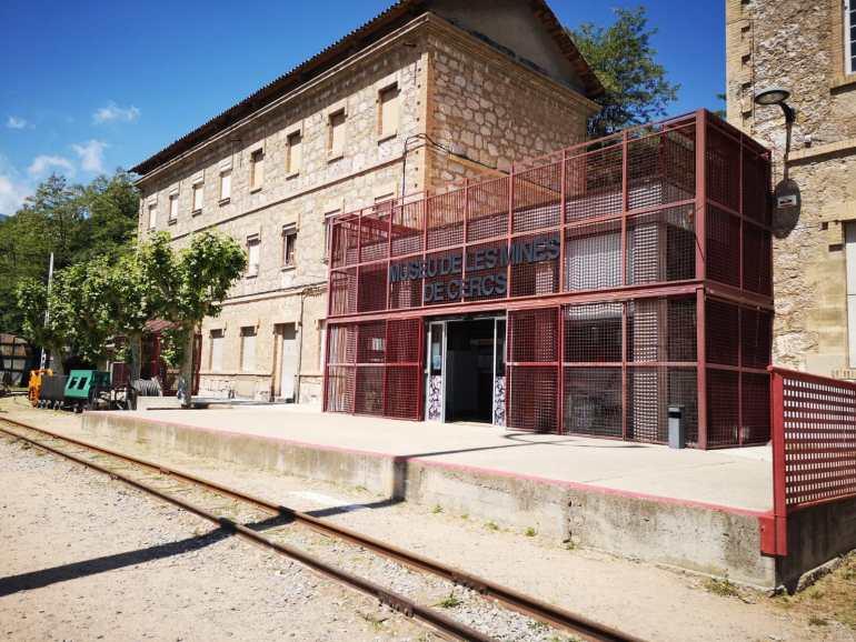 Entrada al Museo de las Minas de Cercs