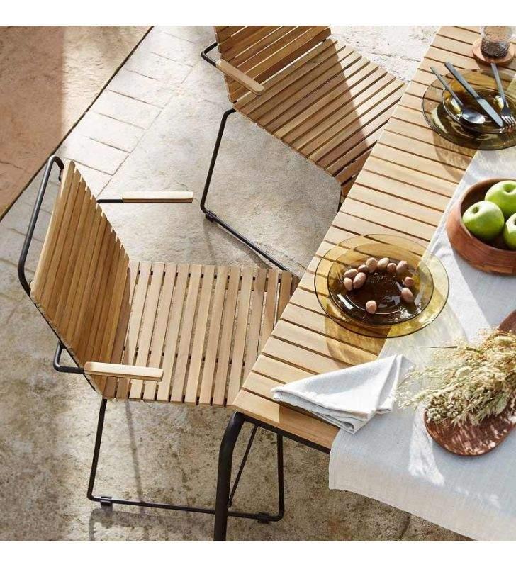 table yukari en bois et metal pour terrasse veranda ou interieur de maison
