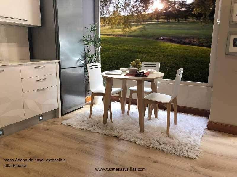 table a manger ronde extensible de style nordique en hetre ou chene