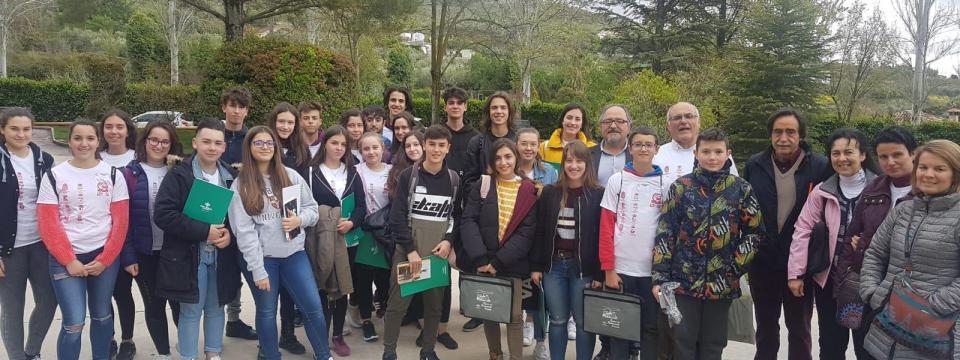 "XIX Encuentro Matemático ""Sierra Arana"". In Memorian ""Manolo Román"""