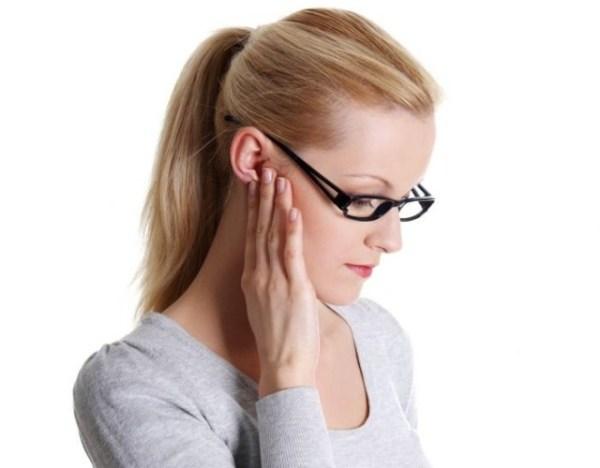 Болит лимфоузел на шее справа под челюстью