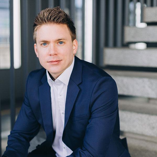 Matthias Hebben-Mathe, Rechnungswesen, Wirtschaft und Gesellschaft
