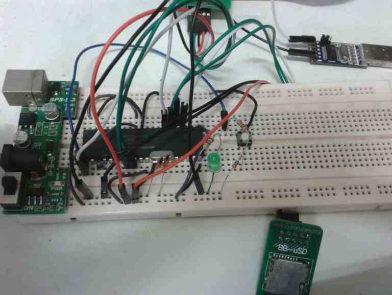 Introduction to Microchip's MDDFS – Reading and Writing Files (Microchip 16-bit microcontrollers)