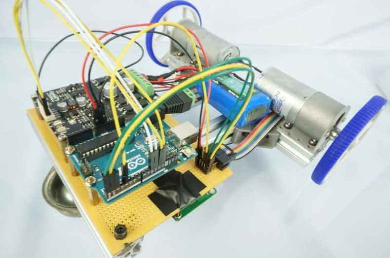 Line-Following Robot Using LSA08 in Serial Mode with PID