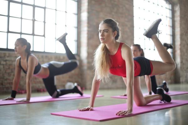 università fitness allenamento palestra esercizio