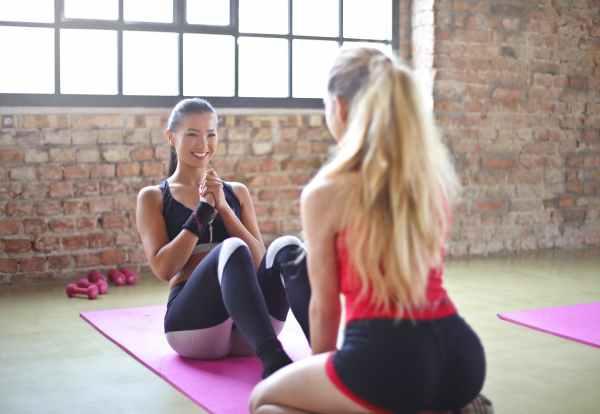 vantaggi allenamento palestra ragazze corsi fitness workout