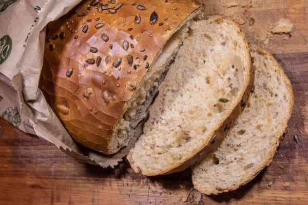 come conservare alimenti pane