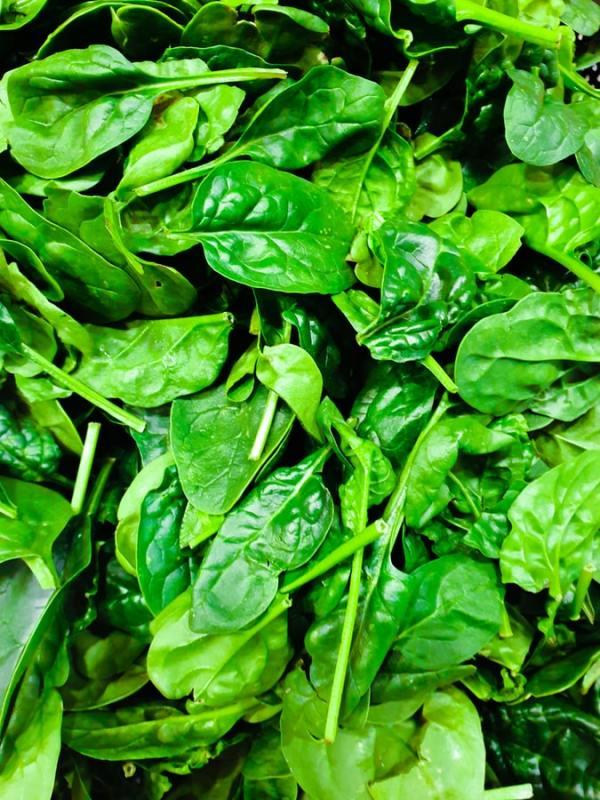 riboflavina vitamine pelle perfetta alimenti verdure spinaci fonti dieta