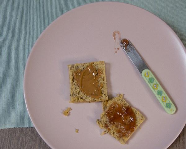 burro di arachidi marmellata fragole colazione sana fit proteica