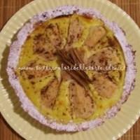Crostata di pere e crema cotta con uvetta e pinoli