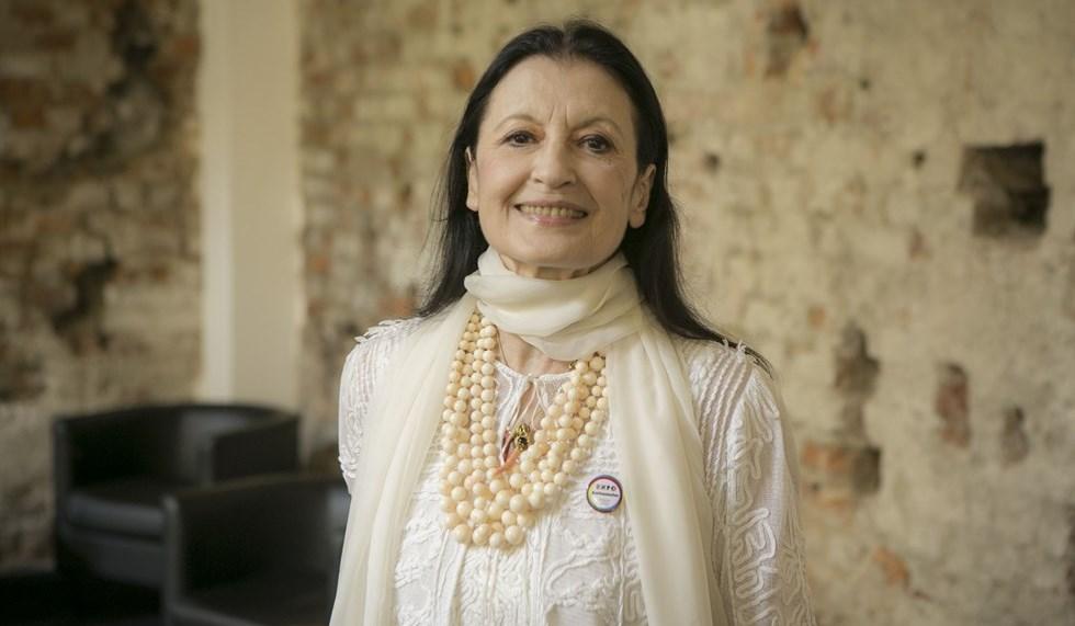 #BuonCompleannoCarla: Carla Fracci spegne 80 candeline
